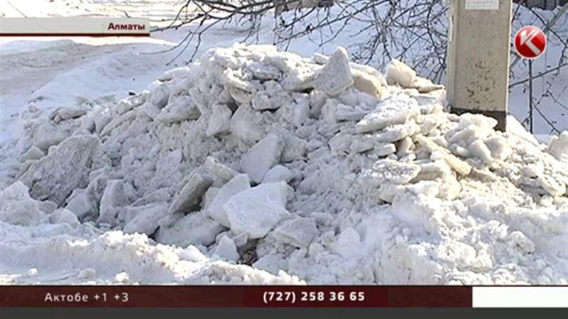 Байбек увольняет за уборку снега