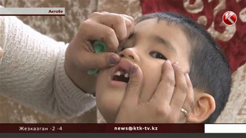 С расшатанными зубами и порванной уздечкой вернулся из образцового садика ребенок