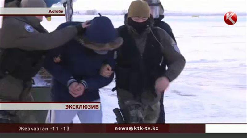 ЭКСКЛЮЗИВ: Лидера ОПГ «Четыре брата» доставили на допрос по делу о краденой нефти