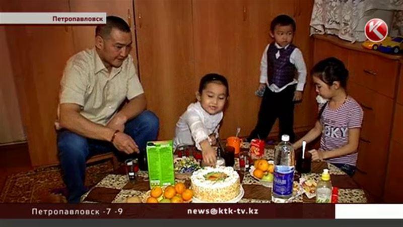После смерти матери многодетную семью вычеркивают из очереди на квартиру