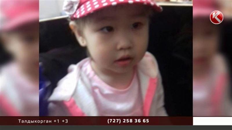 Родители погибшей девочки: мы умоляли врачей госпитализировать ребенка