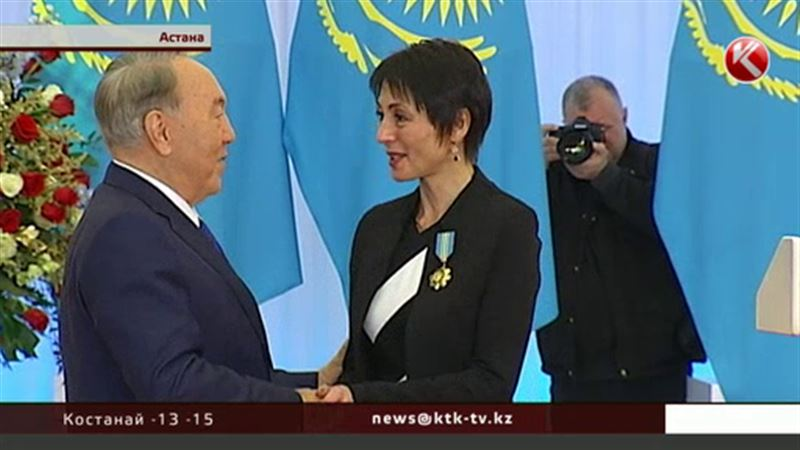 Президент вручил награды патриотам и профессионалам