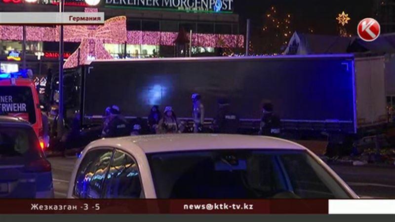 Наезд грузовика на посетителей берлинской ярмарки признали терактом