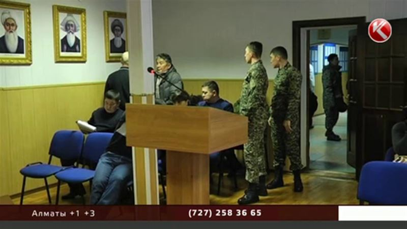 В Актобе судят офицеров, которые во время нападения террористов сбежали через окно туалета