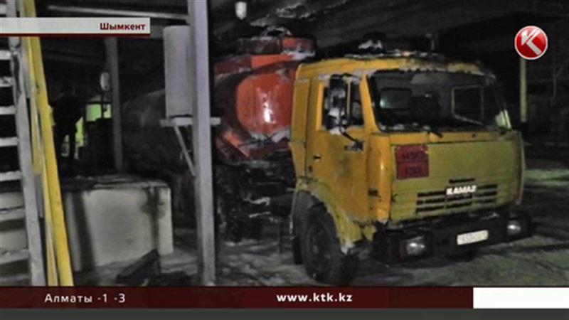 Скончался рабочий, пострадавший во время взрыва на шымкентском заводе