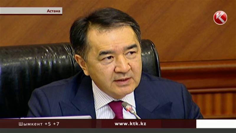 Премьер недоволен провальной организацией временной регистрации казахстанцев