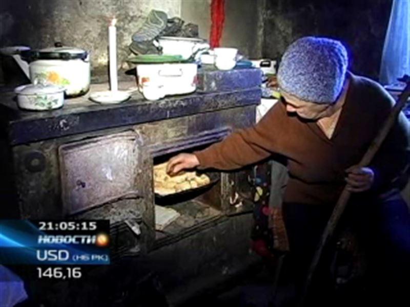 В Усть-Каменогорске обнаружили престарелую жительницу, которая уже 5 лет живет в абсолютной нищете