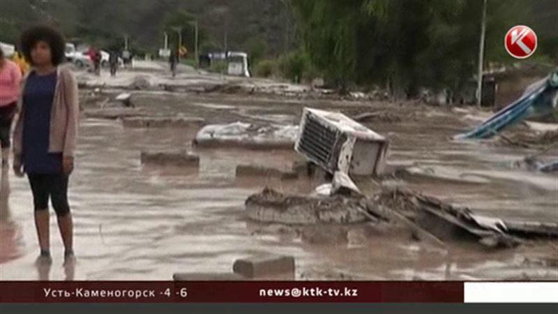 Оползни заблокировали трассы ралли-рейда «Дакар»