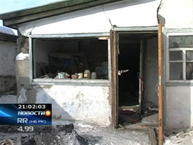 В Петропавловске на пепелище сгоревшего дома обнаружили тела троих мужчин