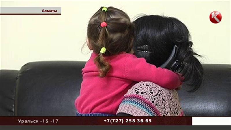 ЭКСКЛЮЗИВ: Алматинка утверждает, что получила в подарок ребенка