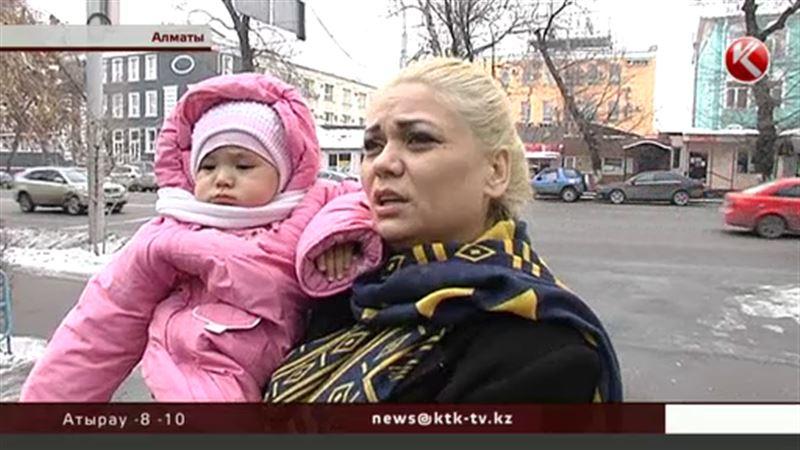 Идеальный мейкап и маникюр - Наталья Слекишина подготовилась к выходу