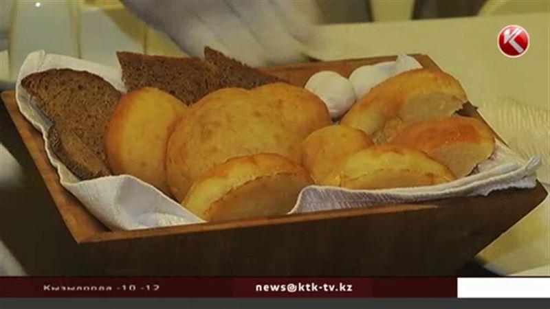 Посетителей ЭКСПО-2017 накормят баурсаками и бешбармаком