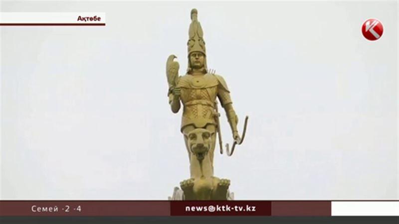 Ақтөбе шенеуніктері орталықтағы тәуелсіздік монументінің көзін құртуды талап етті