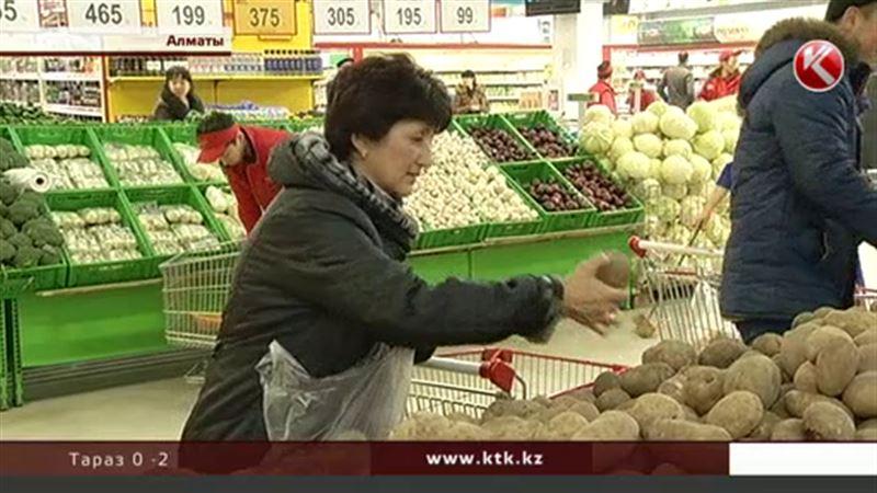 Владельцы казахстанских супермаркетов считают, что потребители их подставляют