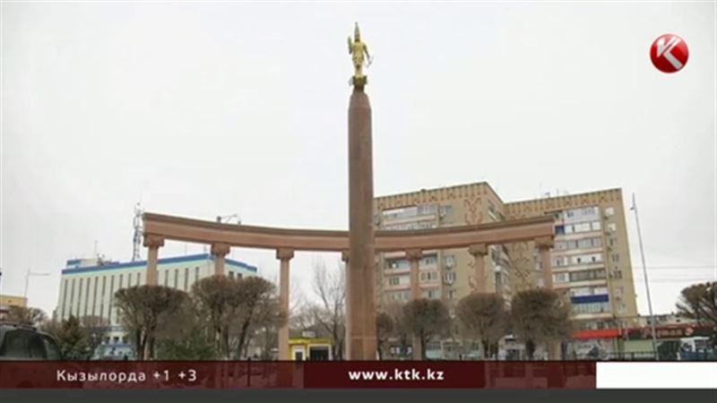 Копия монумента независимости спустя 10 лет перестала соответствовать архитектурным стандартам