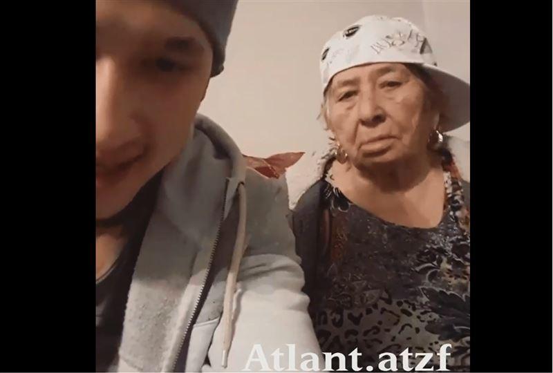 Бабушка-рэпер из Алматы записала с внуком трек об ЭКСПО