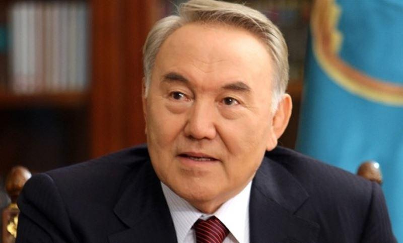 Назарбаев предложил издать книгу о женщинах Казахстана