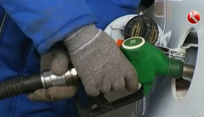 Экономист развенчал «миф» о дешевом бензине