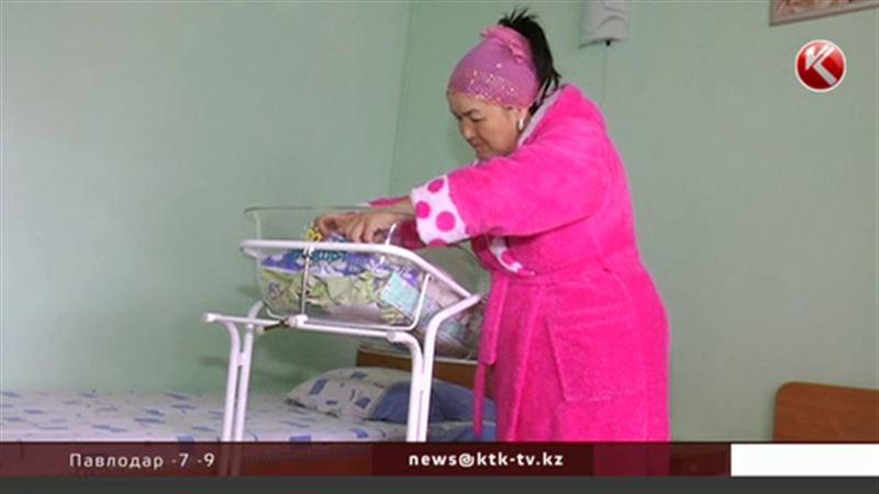 Алматинка родила первенца в 51 год