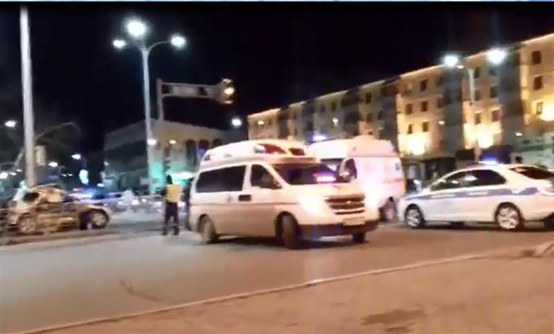 Перекресток в Астане за ночь стал местом сразу двух крупных аварий