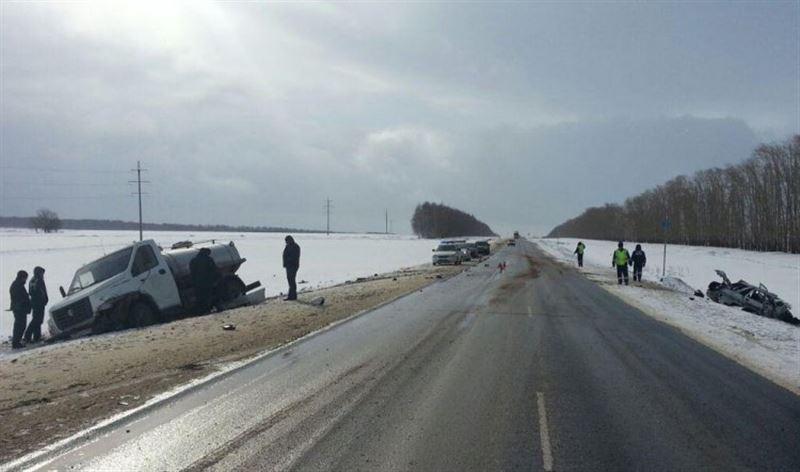 Казахстанцы попали в автомобильную аварию в Башкирии