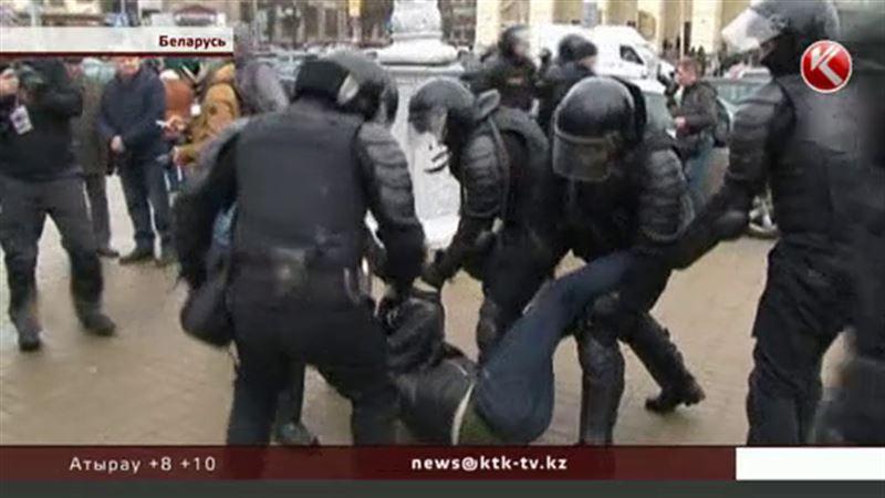 Выступления протестующих в Минске закончились массовыми задержаниями