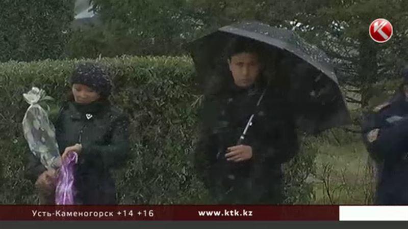 Непогода надвигается на Казахстан