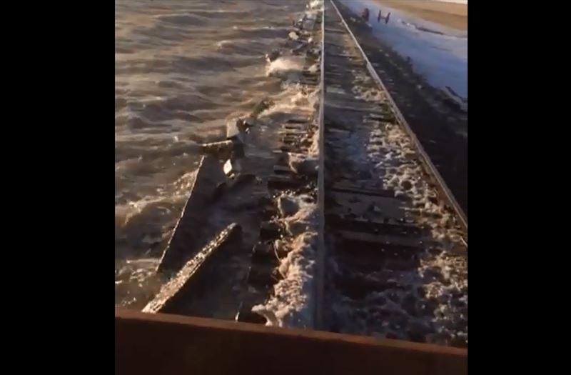 Казахстанские поезда отправили в объезд по России из-за паводка
