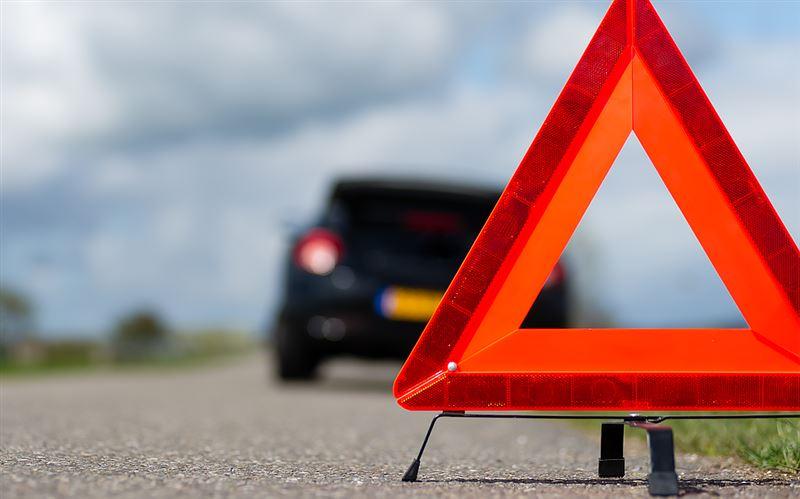 «Тойота» попала под КамАЗ в Мангистауской области