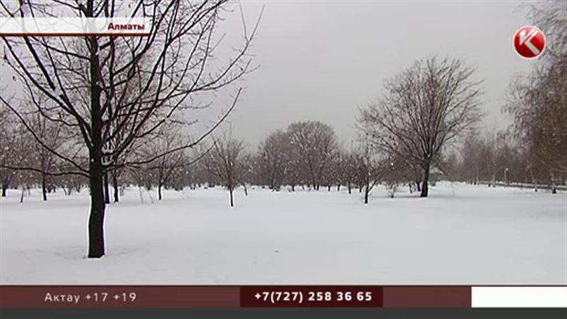 Апрельский снег – в Алматы вернулась зима