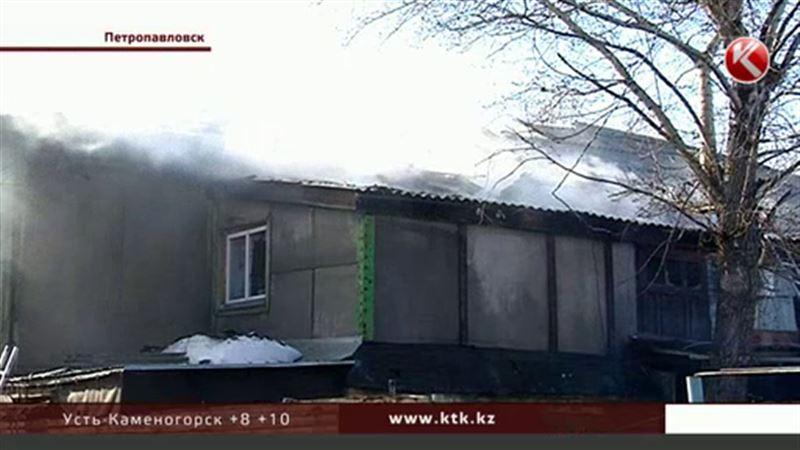 В Петропавловске сгорел столетний купеческий дом