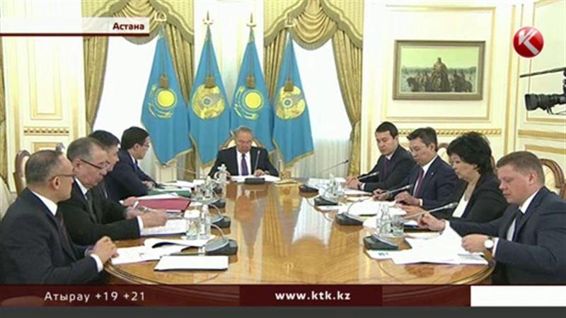 Назарбаев попросил не бросать казахстанцев, взявших валютные ипотечные займы