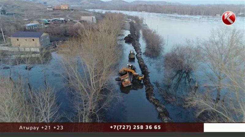 МВД про паводки: специалисты Казгидромета делали ошибочные расчеты