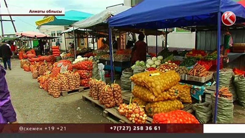 Алматы облысында тұрғындар жайма базардың саудагерлеріне қарсы шықты