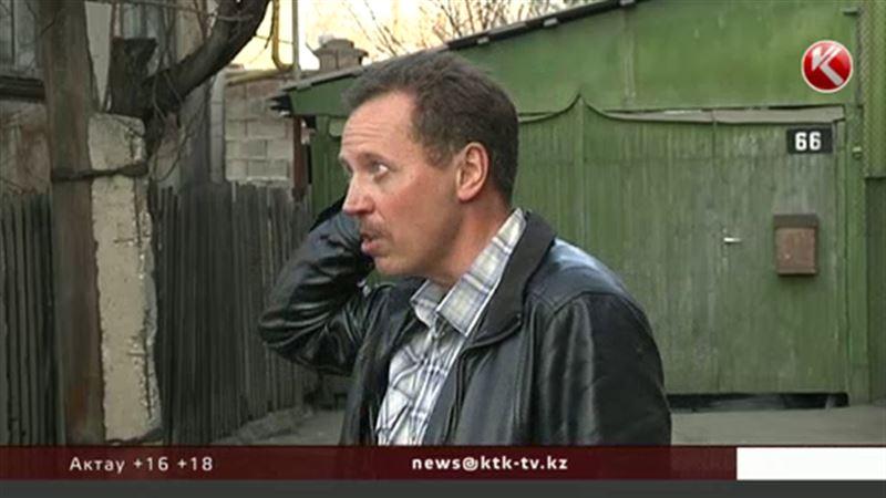 Житель Алматы требует снести многоквартирный комплекс в центре города