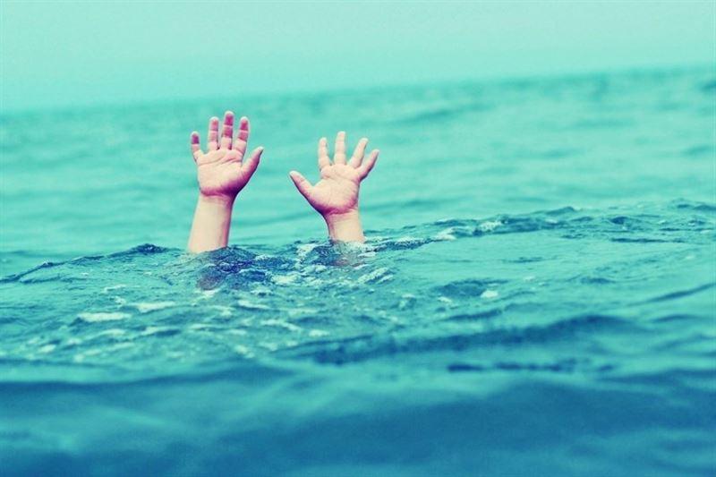 Ребенок сорвался с крутого обрыва в Урал и утонул
