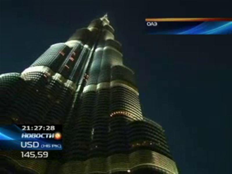 Ален Робер покорил самый высокий в мире небоскреб