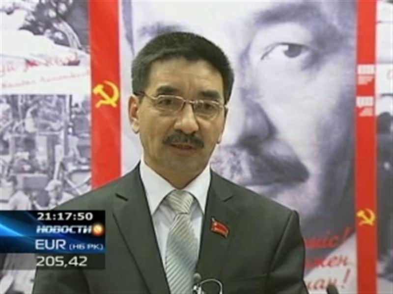 Жамбыл Ахметбеков вызвал своих политических конкурентов на словесную дуэль