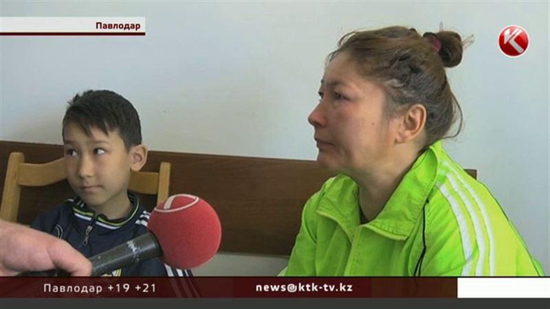 В Павлодаре пьяная женщина забыла, кому отдала детей