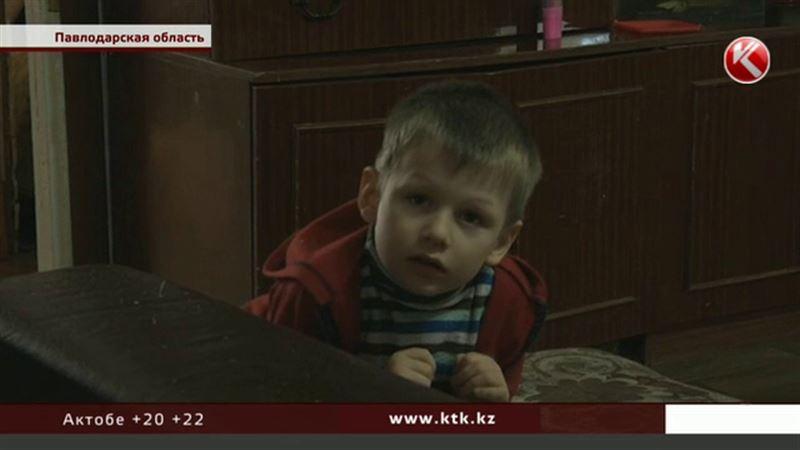Логопед из Павлодара во время частных занятий избивала ребенка