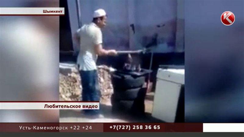 Полицейские Шымкента ищут мужчину, который бил ребенка лопатой