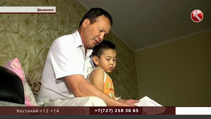 Родителя, который лопатой воспитывал сына, арестовывать не будут