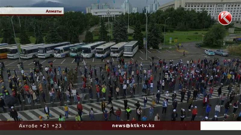 Многокилометровые пробки ожидаются в Алматы в ближайшие дни