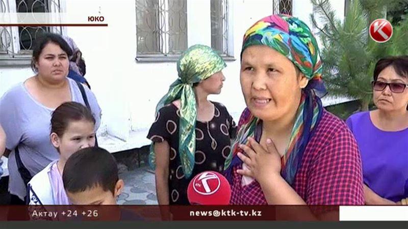 Многодетные матери Кентау пошли на штурм акимата