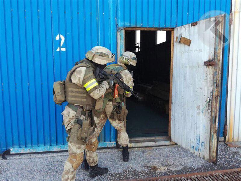 ЭКСКЛЮЗИВ: Спецслужбы проводят операцию по обезвреживанию ОПГ в Алматы