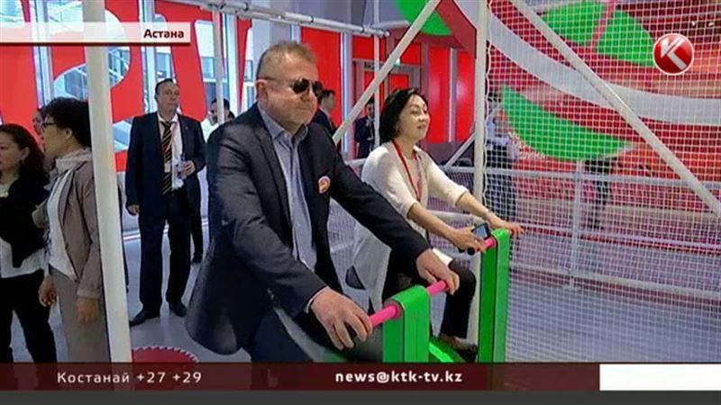В австрийском павильоне ЭКСПО предлагают покрутить педали