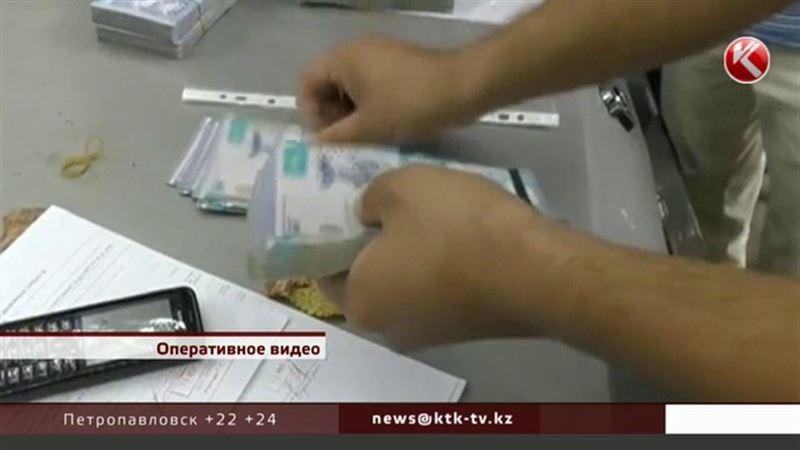 В «Казавиаспасе» не знают, что их шеф задержан за взятку в 100 тысяч долларов