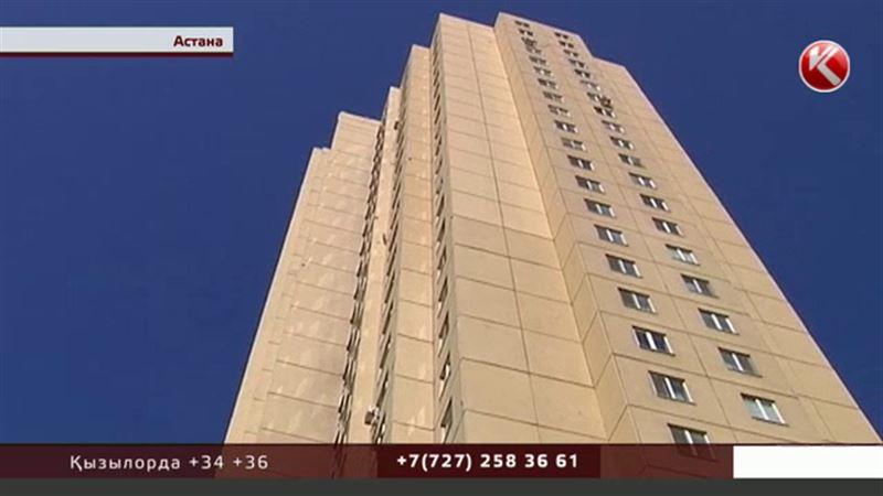 Астанада 25 қабатты үйдің тұрғындары екі айдан бері лифтсіз отыр