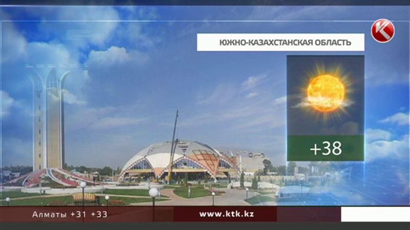 Казахстанцы промокнут: в одних регионах – от дождя, в других – от жары