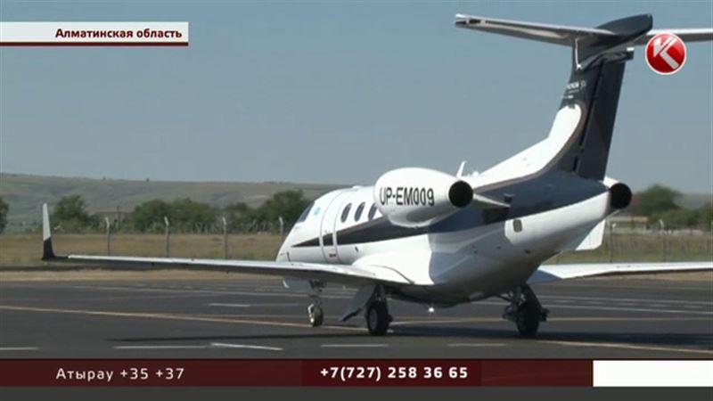 Запоздалое открытие аэропорта оставило Алаколь без туристов
